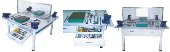 ZRQG�C07A2 钳工实训成套设备(4座/桌)